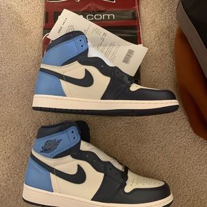 Air Jordan 1 obsidian size 9.5 brand new